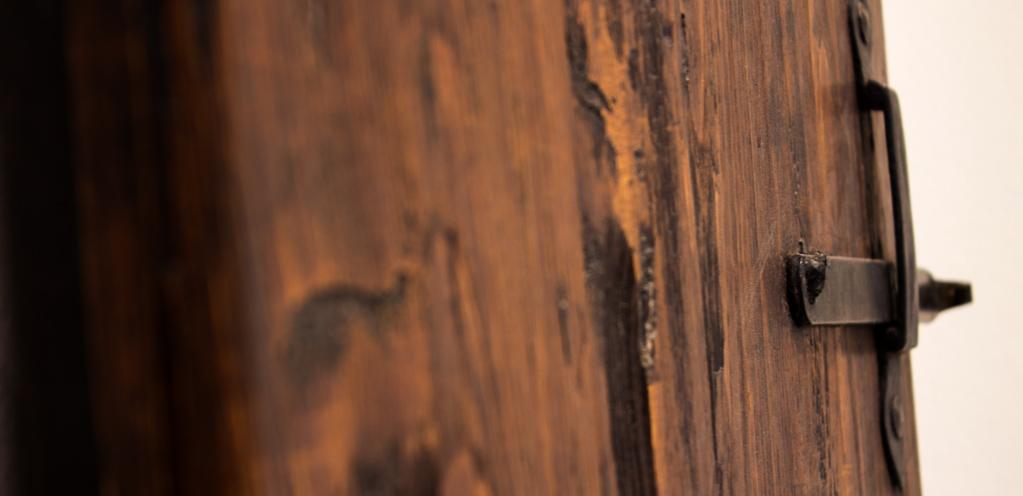 Chiavistello antico legno grezzo