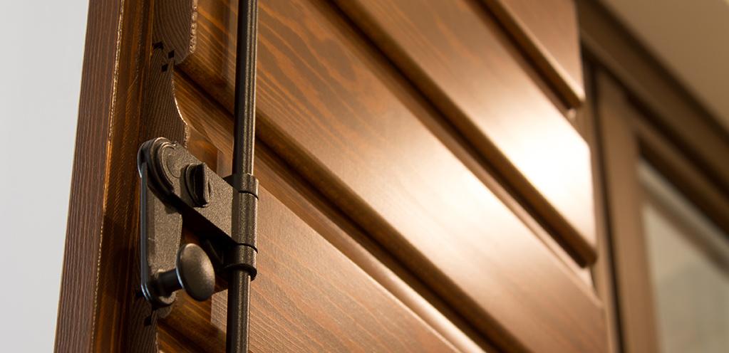 Serramenti legno chiusura sicura